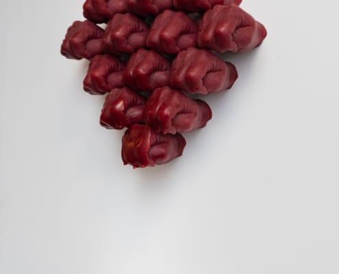 kunst - Ingrid Slaa - beeld - vuisten - wax