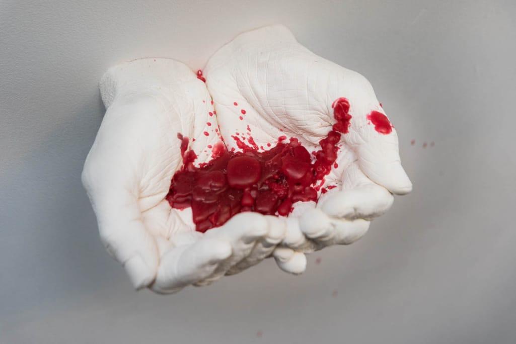 kunst - Ingrid Slaa - beeld - handen - gips